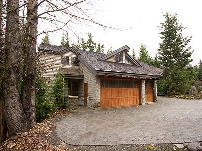 Vacation rentals whistler bc whistler premiere for Whistler cabin rentals